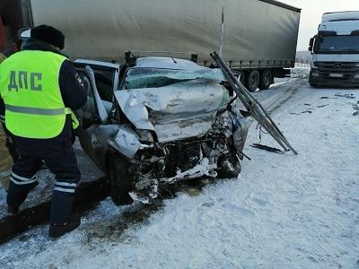 На трассе в Красноярском крае за два часа произошло два ДТП: восемь погибших