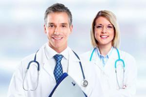 Врач или доктор: почему это не одно и то же
