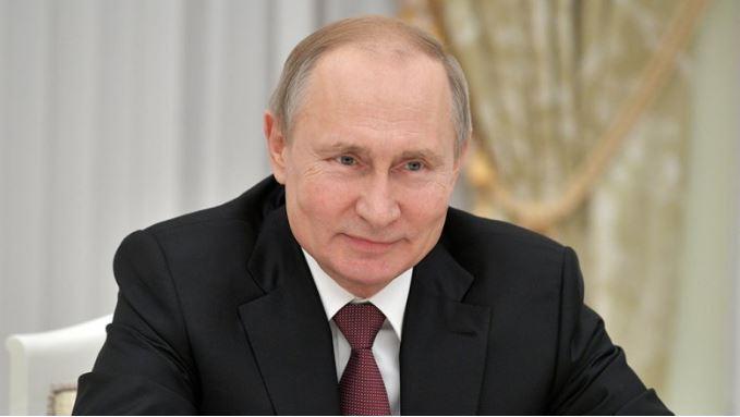 Путин подписал закон о кредитных каникулах