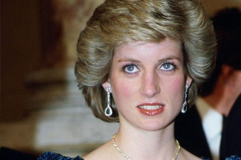 Принцесса Диана: почему народная любимица раздражала членов королевской семьи