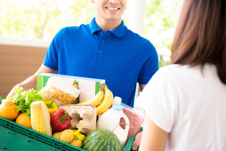 Плюсы покупки продуктов с доставкой на дом