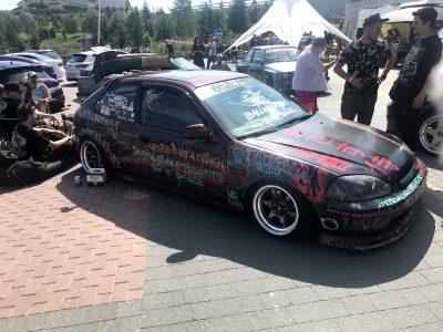 Фестиваль красивых автомобилей Leocult